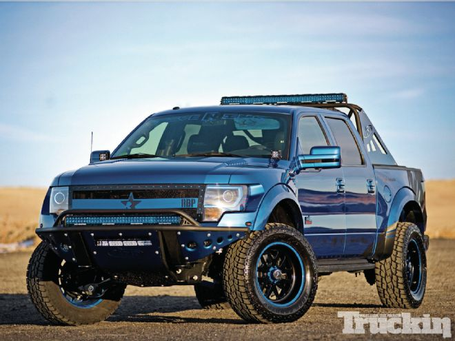 2013-ford-f-150-svt-raptor-1